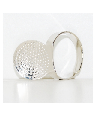 Adjustable ring thimble with plate