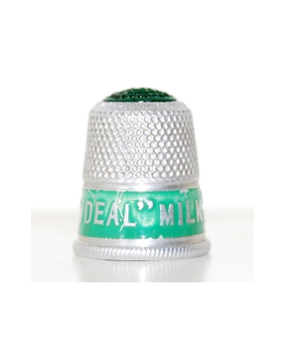 """Ideal"" Milk delicious with fruit"