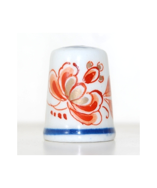 Red floral Delft