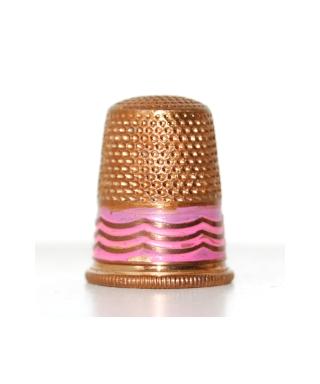 Metalowy z różowym zdobieniem