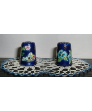 Malowane niebieskie kwiaty