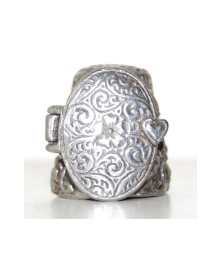 Locket thimble