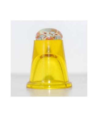 Żółty szklany naparstek millefiori