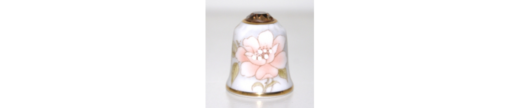 Sutherland Jewel-crowned Flower Thimbles (12/12)