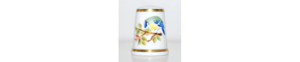 Royal Worcester - HAND-PAINTED THIMBLES (70)